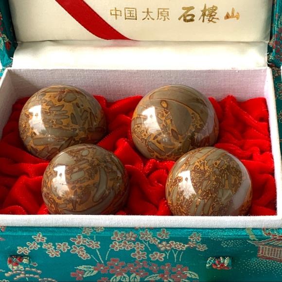 Chinese Healthy Ball Meditation & Exercise Set